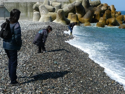 2010  4月3日糸魚川越中宮崎ヒスイ 887.jpg